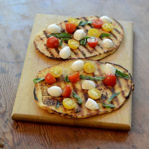 Naan cheese and tomatoes 500