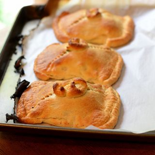 Chicken Pie in Pastry Shell