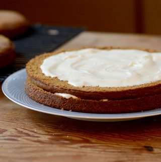 Tuesday's Cooking Tip – Frosting a Cake