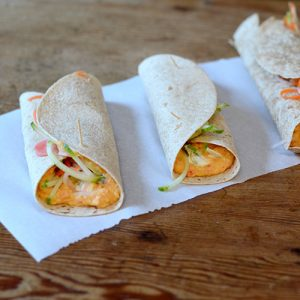 Red Pepper Hummus Roll Ups, hummus, peppers, vegetables, wraps