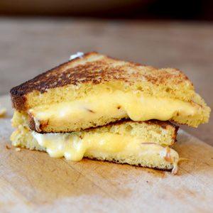Gluten-Free-Bread-Grilled-Cheese-Sandwich