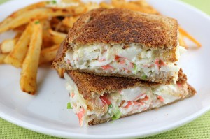 crab_grilled_cheese_1