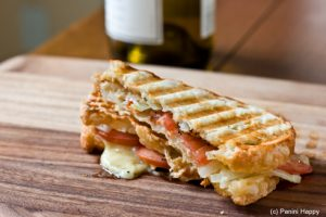 Grilled_Gruyere-wine-490