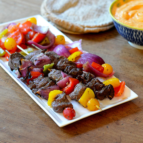 Greek Lamb Kabobs, lamb, peppers, onions, lemon, olive oil, tomatoes, kabobs, grilling