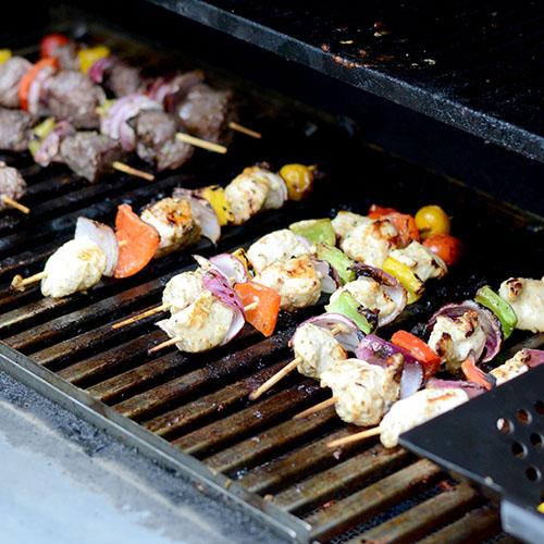 Chix on grill 500