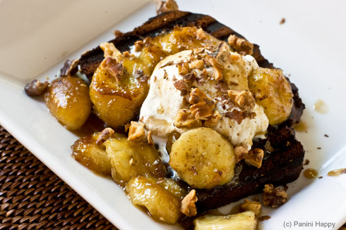 Open_Face_Ice_Cream_Sandwich_with_Caramelized_Bananas-490