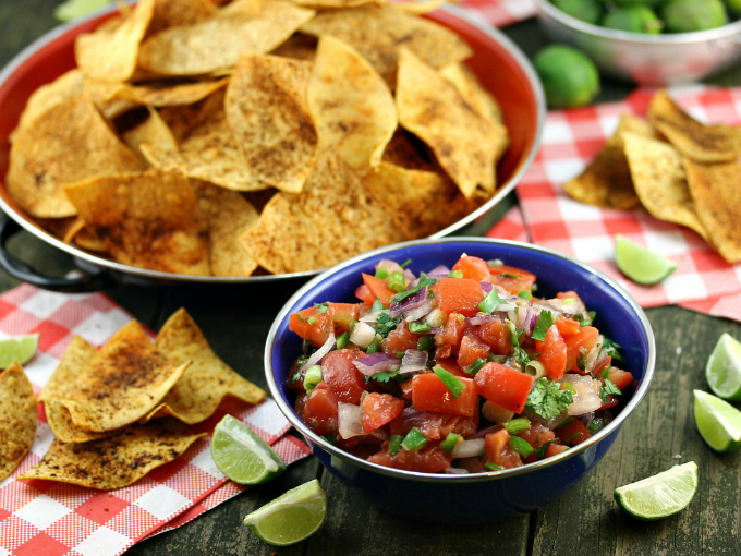 Salsa fresco, tomatoes, onions, cilantro, lime, chips