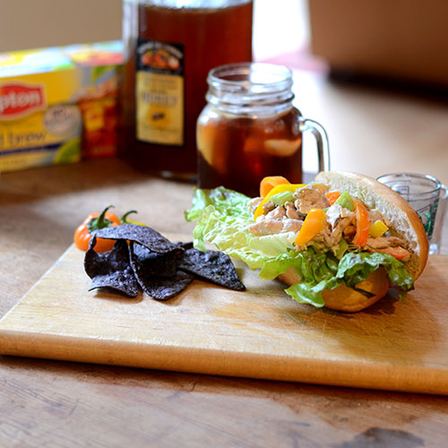 sandwich, chicken, Hellmann's, Lipton, iced tea, mayonnaise, peppers, celery, bread, product, promtion, drink, honey