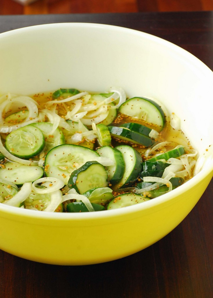 bread-and-butter-pickles, pickles, onion, spices, cucumbers