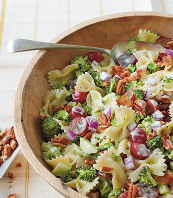 broccoli-grape-and-pasta-salad