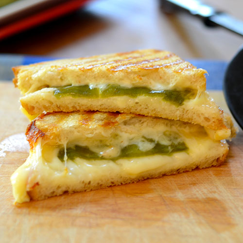 sandwich, hatch chilis, smoked gouda, mozzarella, butter, dairy, oil, grilling