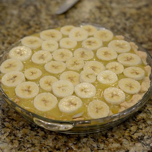 Banana, custard, crust, dough