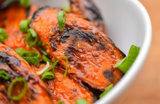 20141003-roasted-carrots-with-sweet-soy-glaze-step-5-joshua-bousel-thumb-625xauto-412043