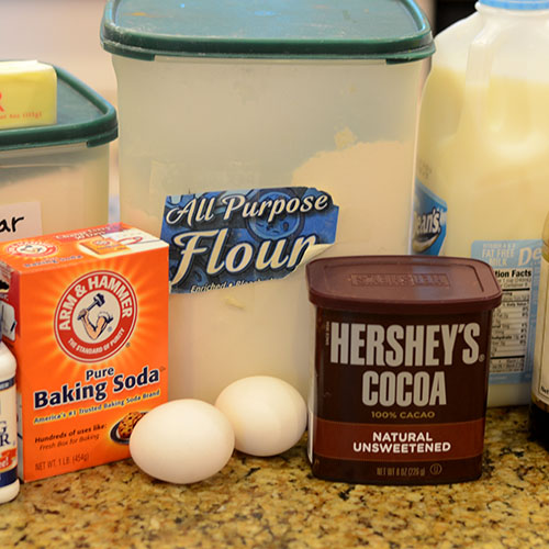 Ingredients, cake, classic, chocolate, whipped cream, cocoa, vanilla, canola oil, all-purpose flour, eggs, butter, sugar, milk