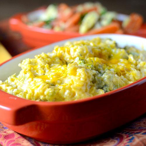 Broccoli Cheese Rice Casserole/www.feedyoursoul2.com
