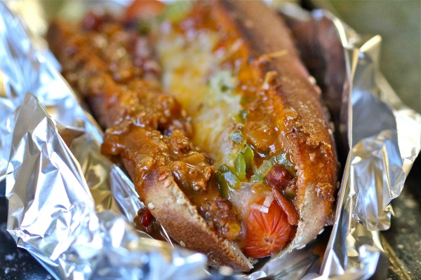 Chili Baked Hot Dogs /www.feedyoursoul2.com