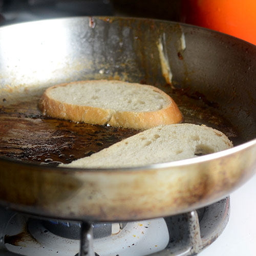 Bread Grilled In the Same Pan