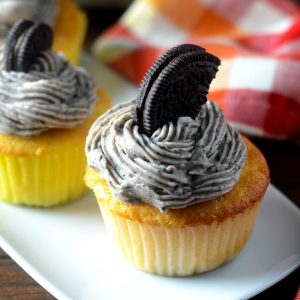 Oreo Frosted Cupcakes