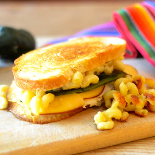 Jalapeno Mac N Cheese Grilled Cheese