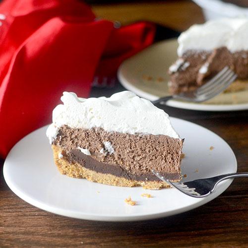 S'Mores Mousse Pie