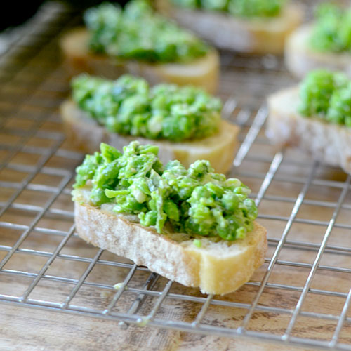 Mashed Pea Crostini