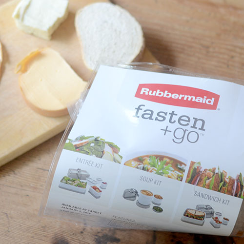 Rubbermaid fasten + go container