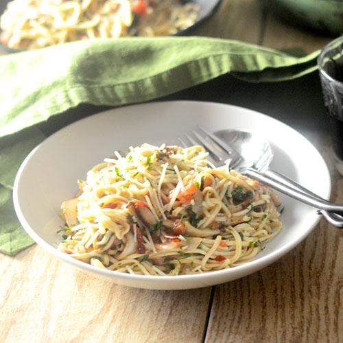 Spaghetti Florentine in Gravy