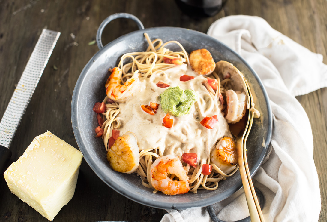 """""""Prawns and Scalops Creamy Pasta #cheese #sauce #seafood / feedyoursoul2.com"""" from Brazillain with a Flair in the USA"""
