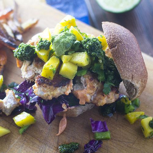 Salmon Burger #salmon #burger #seafood | feedyoursoul2.com