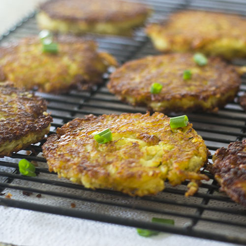 Best Potato Pancake #panfry #potato #latke | feedyoursoul2.com