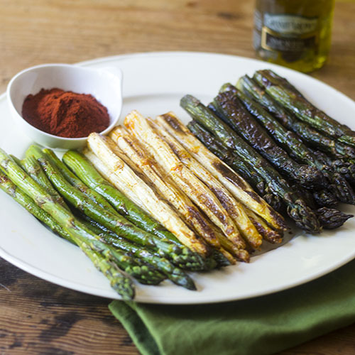 Smoky Tri-Color Asparagus #asparagus #vegan #smoky | feedyoursoul2.com