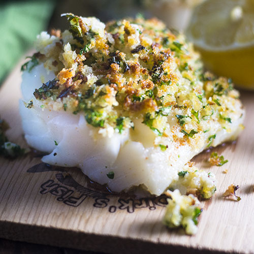 Breadcrumb Topped Halibut #seafood #breadcrumbs #ovenbaked | feedyoursoul2.com