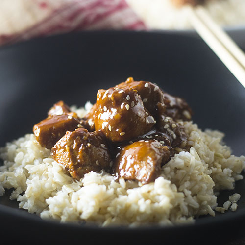 Easy Asian BBQ Chicken #onepotmeal #Chickenrecipe #Asian | feedyoursoul2.com