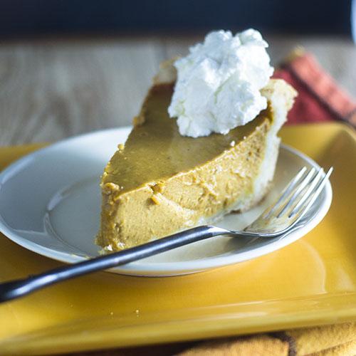 Thanksgiving Pumpkin Pie #Thanksgiving #dessert #pumpkin #pie| feedyoursoul2.com