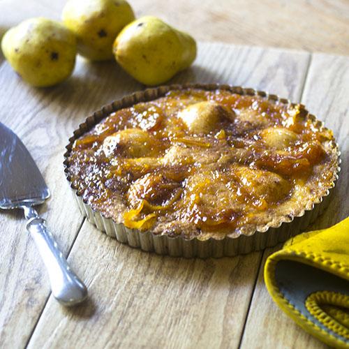 Easy Pear Tart Recipe #dessert #pears #tart | feedyoursoul2.com