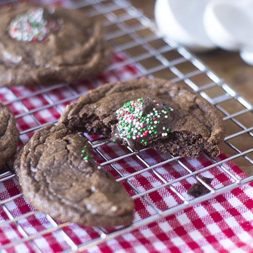 Gluten Free Chocolate Holiday Cookies #dessert #glutenfree #cookies   feedyoursoul2.com