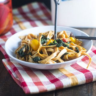 Red Pepper Pasta with Spinach