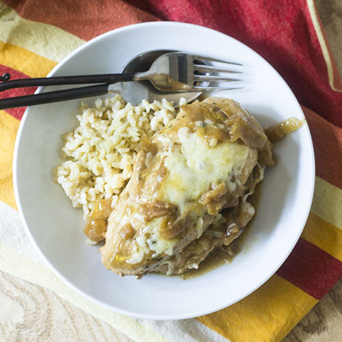 French Onion Chicken #dinner #chicken #comfortfood #onions | feedyoursoul2.com