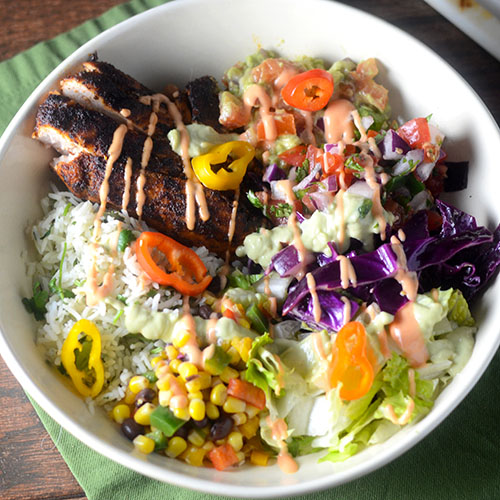 Chicken Burrito Bowl #glutenfree #dinner #chickenrecipes | feedyoursoul2.com