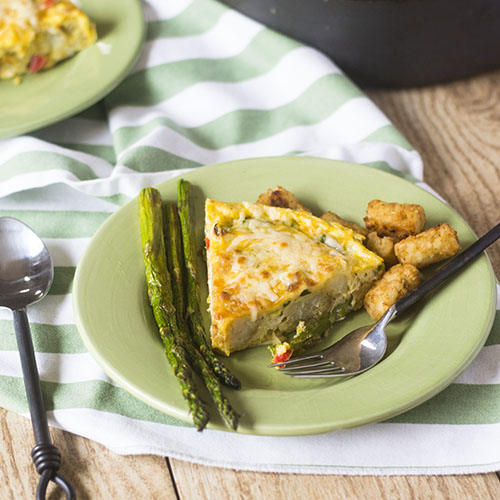 Asparagus Tater Tot Frittata #brunch #eggs #leftovers | feedyoursoul2.com