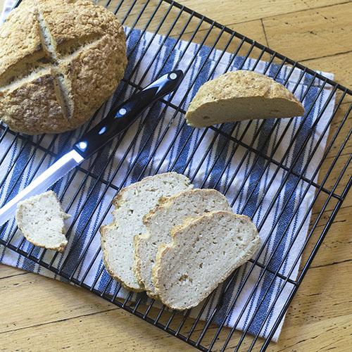 Gluten Free Artisan Bread #bread #glutenfree #riceflour | feedyoursoul2.com