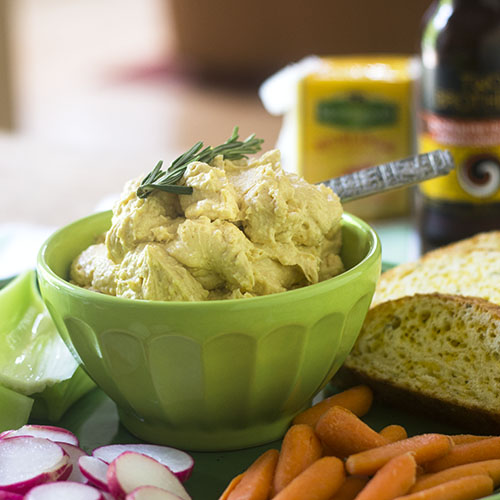 Irish Beer Cheese Dip #appetizer #beer #Irishrecipe #cheese | feedyoursoul2.com