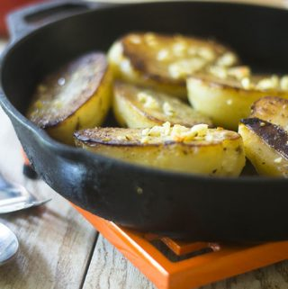 Vesuvio Potatoes