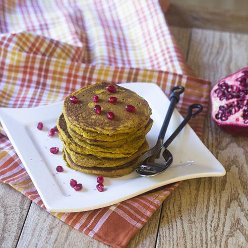 Gluten Free Pumpkin Pancakes #breakfast #glutenfree #vegan #pancakes | feedyoursoul2.com