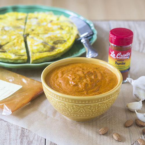Gluten Free Romesco Sauce #spanishfood #glutenfree #redpeppers #sauce | feedyoursoul2.com