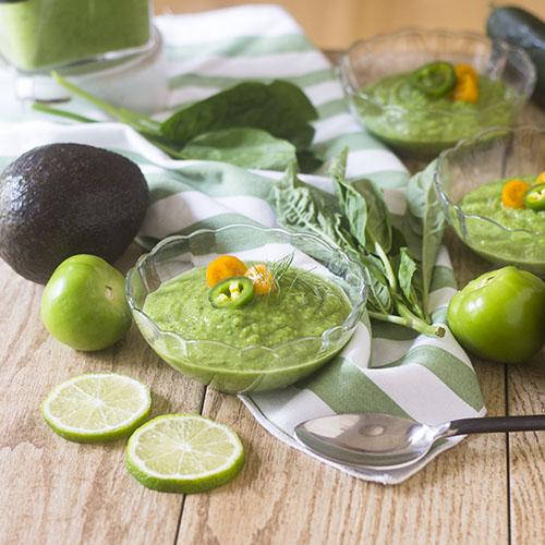 Green Gazpacho Soup #soup #glutenfree #green | feedyoursoul2.com