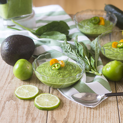 Green Gazpacho Soup #soup #glutenfree #green | feedyoursoul2.com