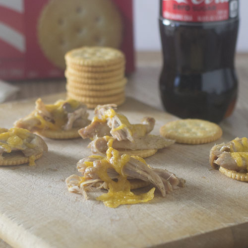 Pulled Chicken Topped Ritz Crackers from Feed Your Soul Too