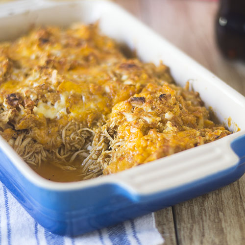 Red Pepper Sauce Chicken Bake #Bake #chicken #redpeppers | feedyoursoul2.com