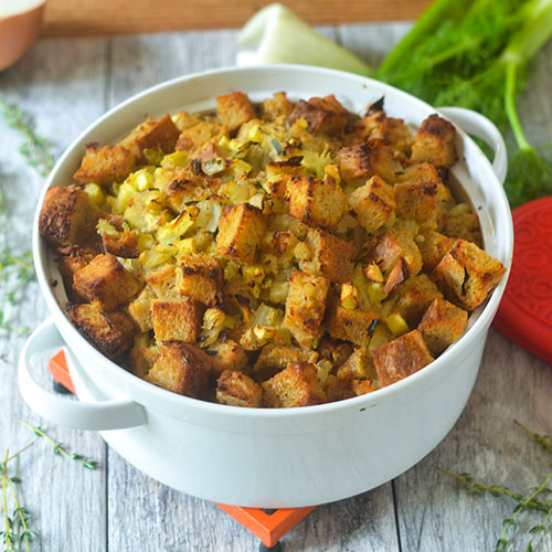 Gluten Free Apple Fennel Thanksgiving Stuffing #vegetarian #glutenfree #thanksgiving #holiday | feedyoursoul2.com